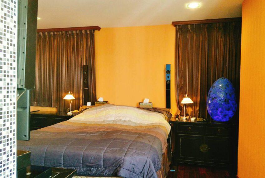 Sukhumvit City Resort 2b3edrooms - bed