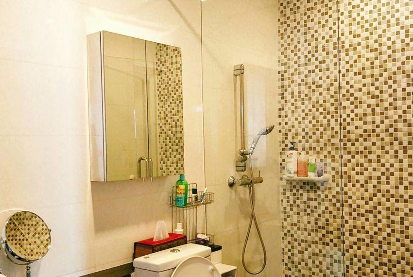 Sukhumvit City Resort 2b3edrooms - toilet