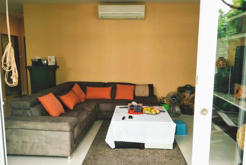 Sukhumvit City Resort 2bedrooms - living