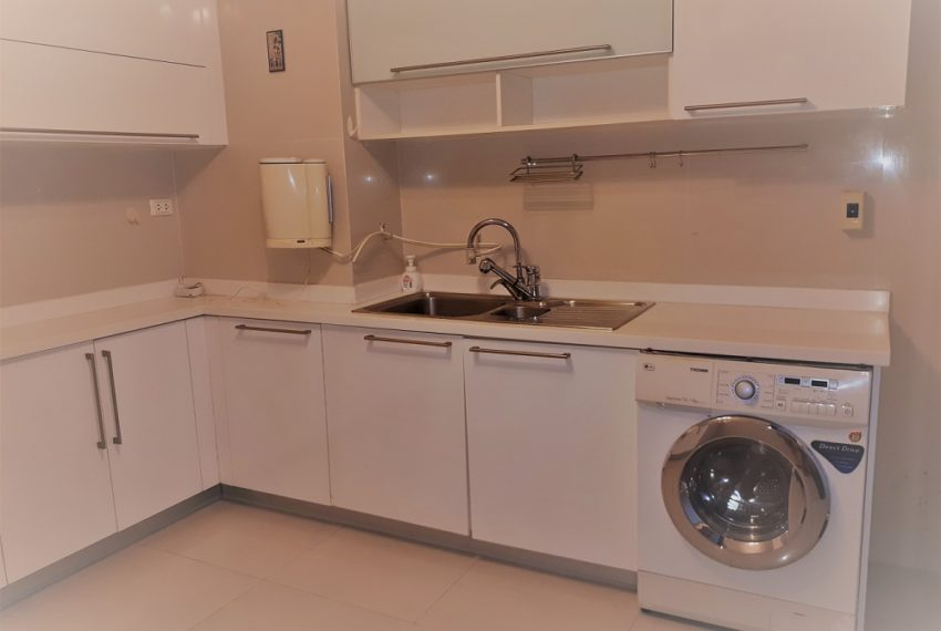 Sukhumvit City Resort 3b3b - kitchen 02