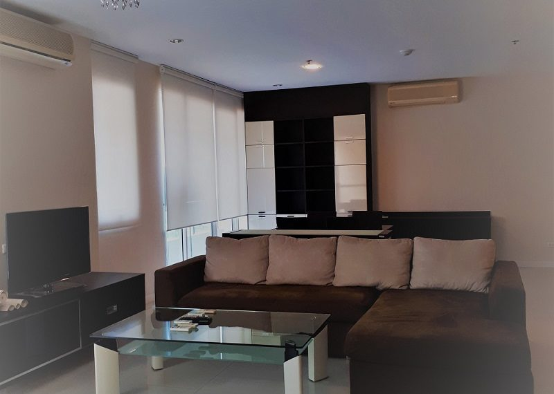 Sukhumvit City Resort 3b3b - living room