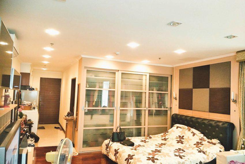 Sukhumvit City Resort Studio - bed