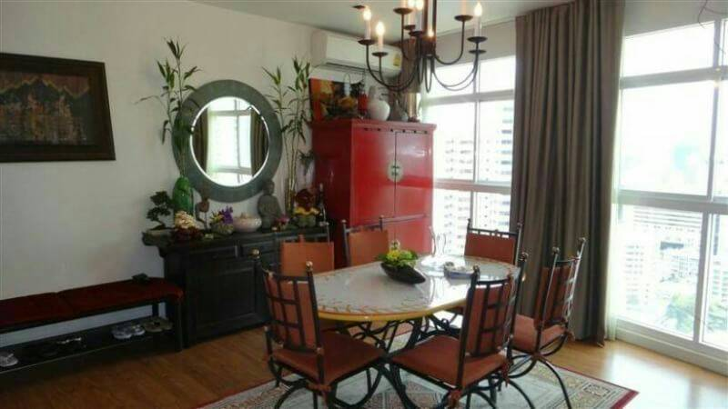 Sukhumvit-City-Resort-near-hospital-3bedroom-sale-dinning