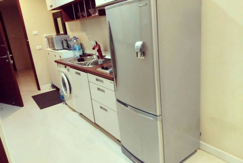 Sukhumvit-City-Resort-sell-1bed-high-floor-fridge