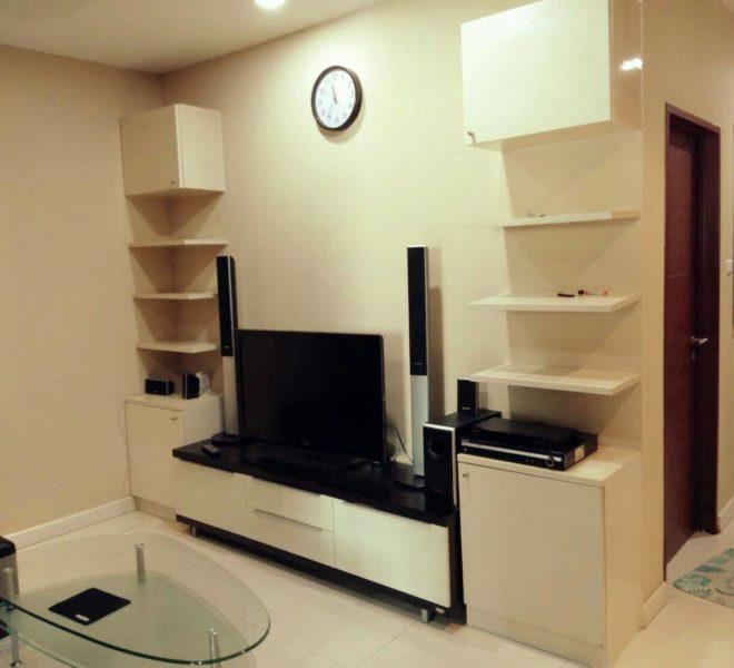 Sukhumvit-City-Resort-sell-1bed-high-floor-living-room