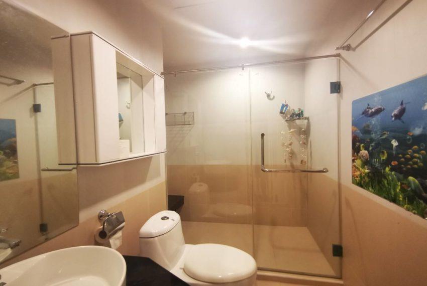 Sukhumvit Living Town - 2 beds 2 baths - For Sale_Bathroom 2