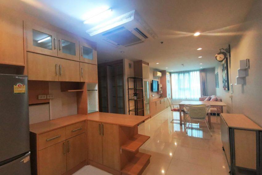 Sukhumvit Living Town - 2 beds 2 baths - For Sale_Kitchen