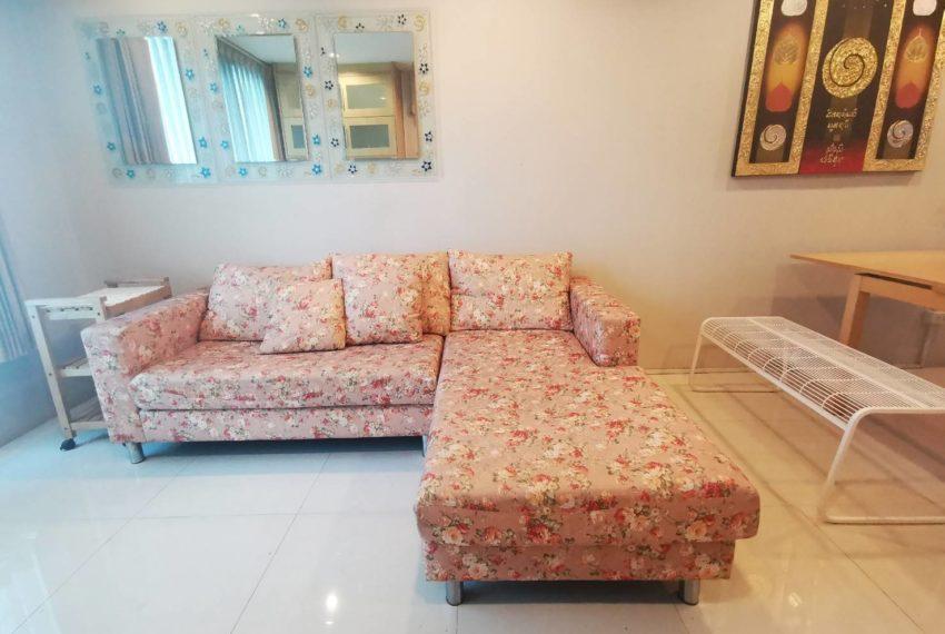 Sukhumvit Living Town - 2 beds 2 baths - For Sale_Living room