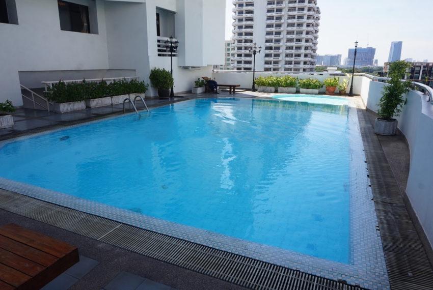 Sukhumvit Park condo in Sukhumvit 10 - pool