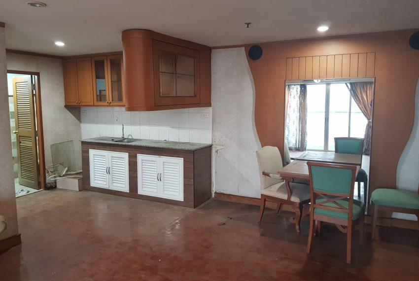 Sukhumvit Suite - apartment for sale - dinning