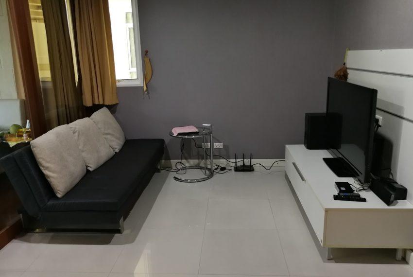 Sukhumvitcityresort_1b1b_Livingroom1