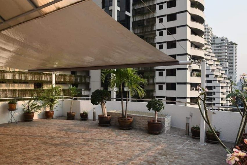 Supalai Place Sukhumvit 39-2 bed 2