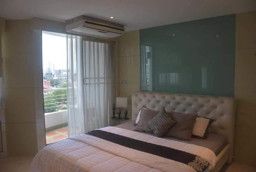Supalai Place Sukhumvit 39-2 bed 2 bath-bedroom 3