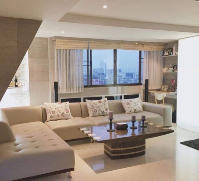 Large 2-Bedroom Renovated Condo for Sale Supalai Place Sukhumvit 39