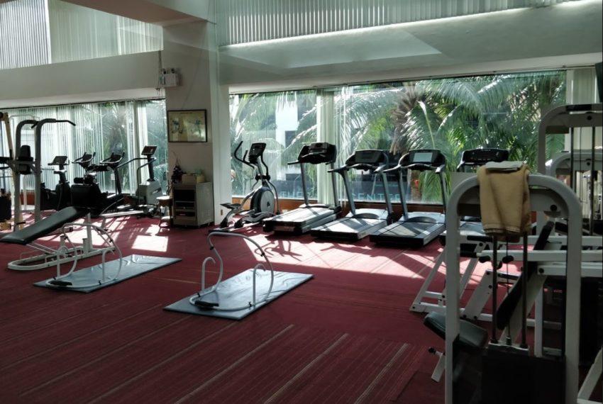 Supalai Place Sukhumvit39 Condo in Phrom Phong - fitness