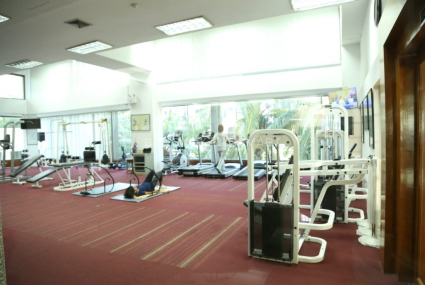 Supalai Place Sukhumvit39 Condo in Phrom Phong - gym