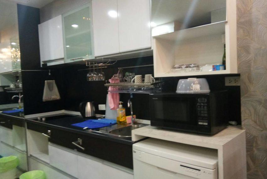 Supalai-Premier-Asoke-1b1b-kitchen