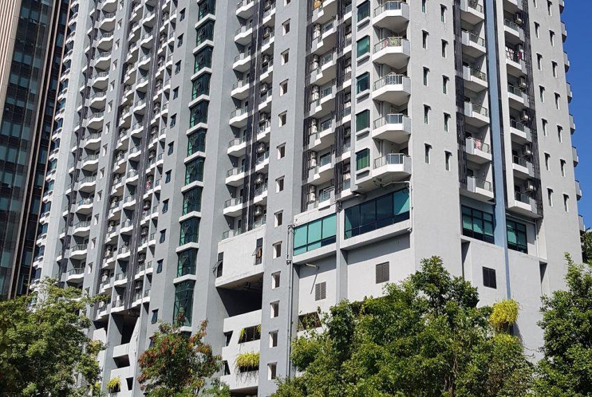 Supalai-Premier-Asoke-Bangkok-condo-building