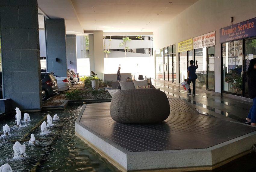 Supalai-Premier-Asoke-Bangkok-condo-retail