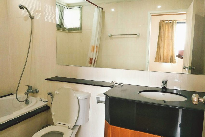 Supalai Premier Place Asoke 2-bedrooms Sale - bathroom 2
