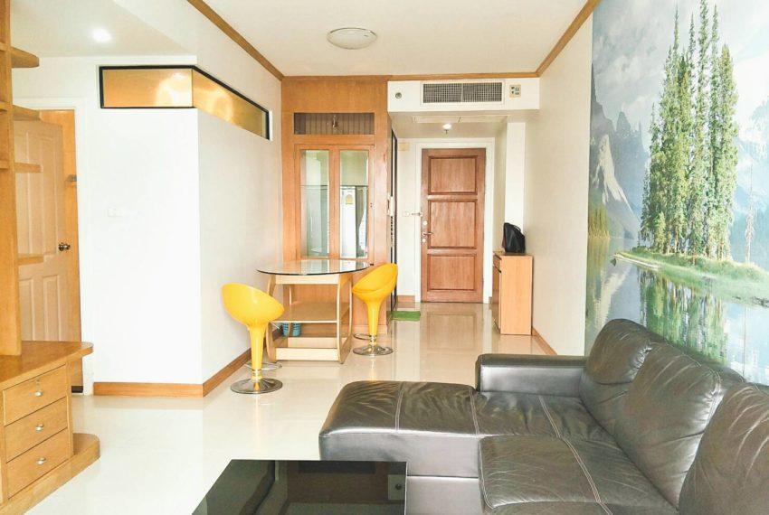 Supalai Premier Place Asoke 2-bedrooms Sale - living area