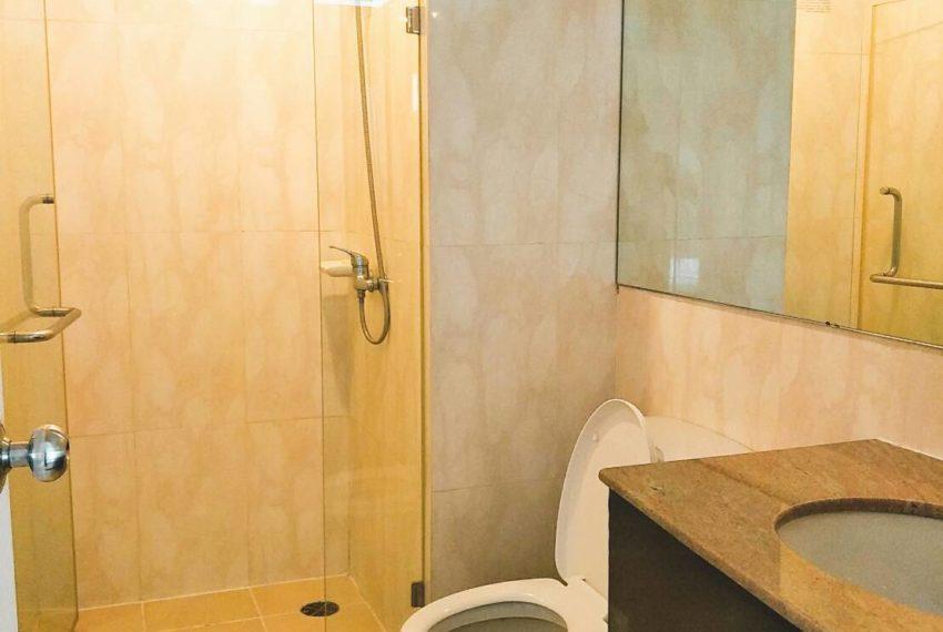 Supalai Premier Place Asoke 2-bedrooms Sale - toilet