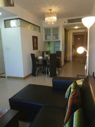 Supalai Premier Place Asoke - living room 01
