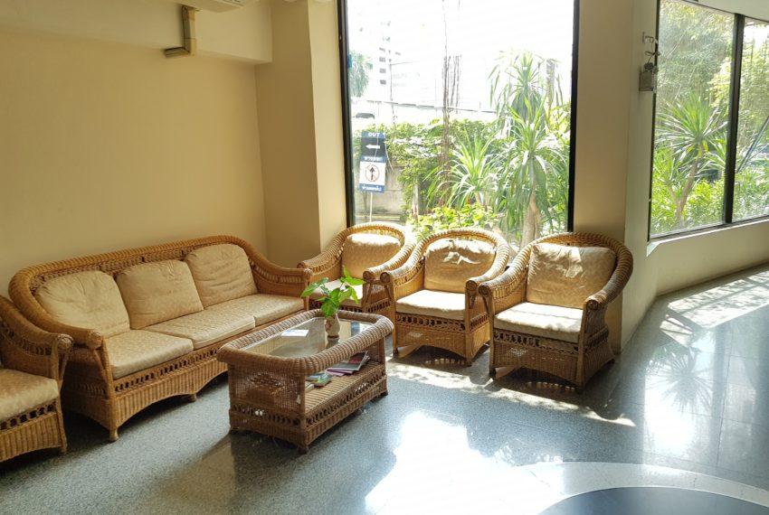 Supalai Premier Place Asoke - lobby area
