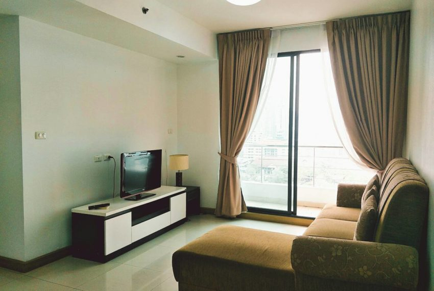 Supalai Premier Place Asoke - rent-2bedrooms-living-room