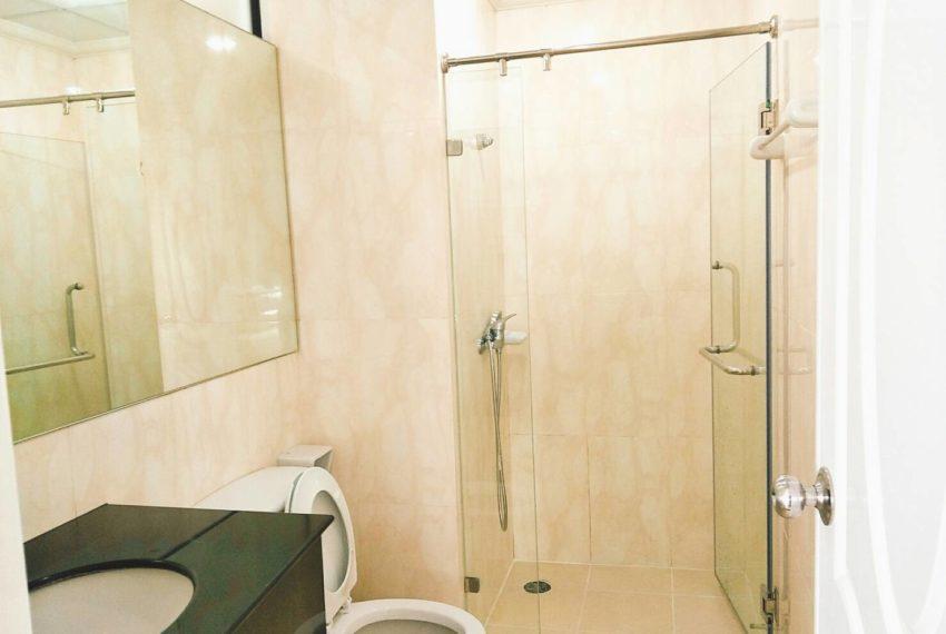 Supalai Premier Place Asoke - rent-2bedrooms-toilet
