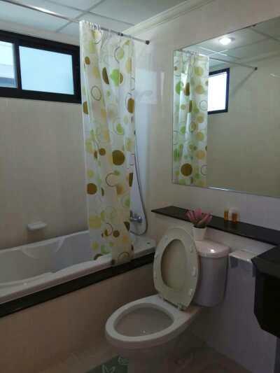 Supalai Premier Place Asoke - toilet 01