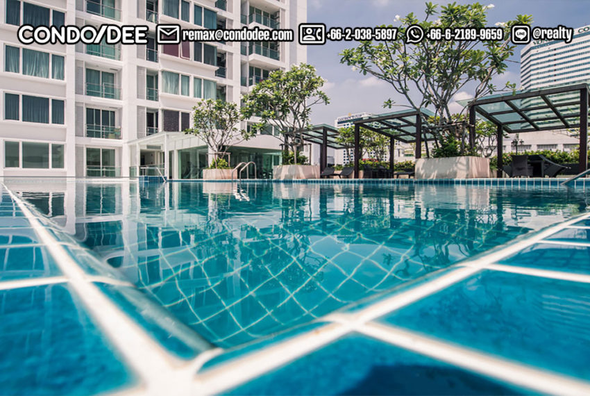 TC Green Condominium - swimming pool