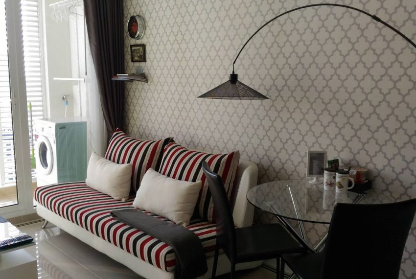 TCGreen-1b1b-33FL-Livingroom1.3