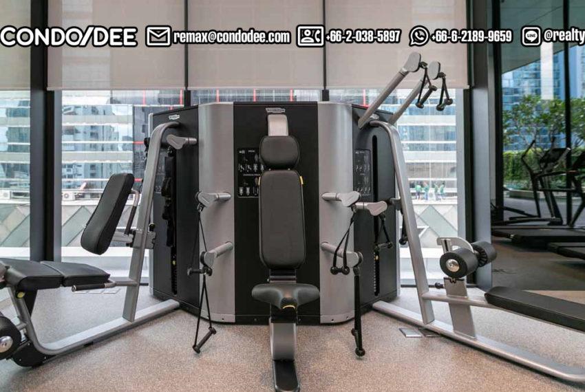 TELA Thonglor condominium - pool