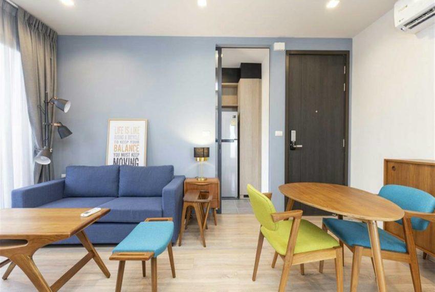 THE BASE Garden Rama9-Rent-livingroom4