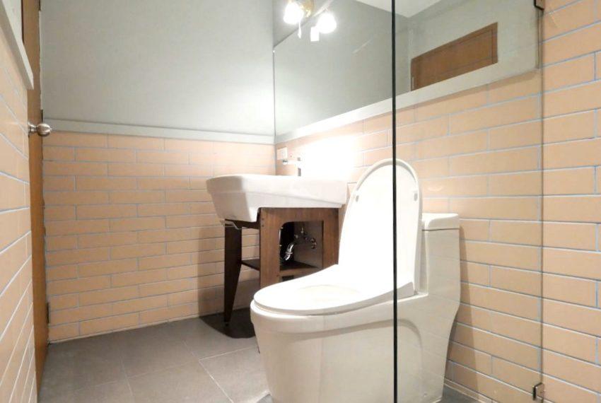 TOWNHOUSEPredi42_Bathroom_Rent