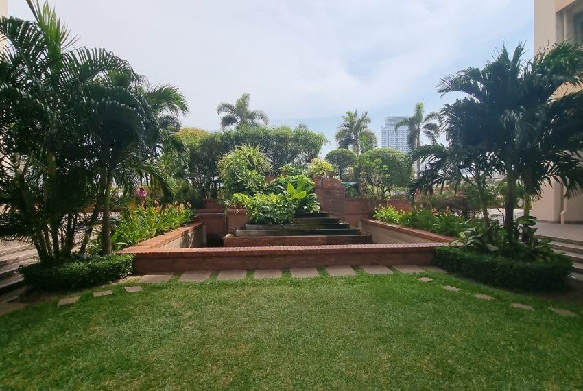 Tai Ping Towers - garden 1
