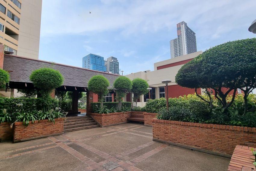 Tai Ping Towers - garden 2