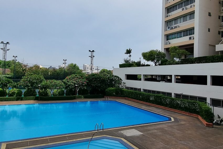 Tai Ping Towers - swimming pool