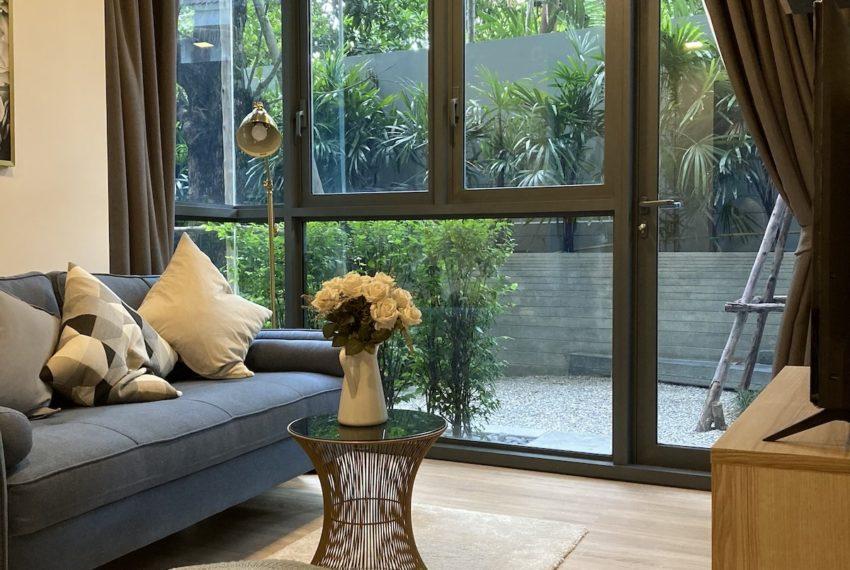 TakaHaus_Livingroom_Sale