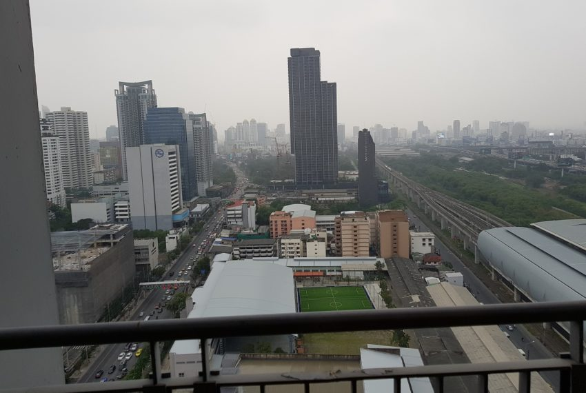 The Address Asoke 1 bedroom high floor for sale - balcony view