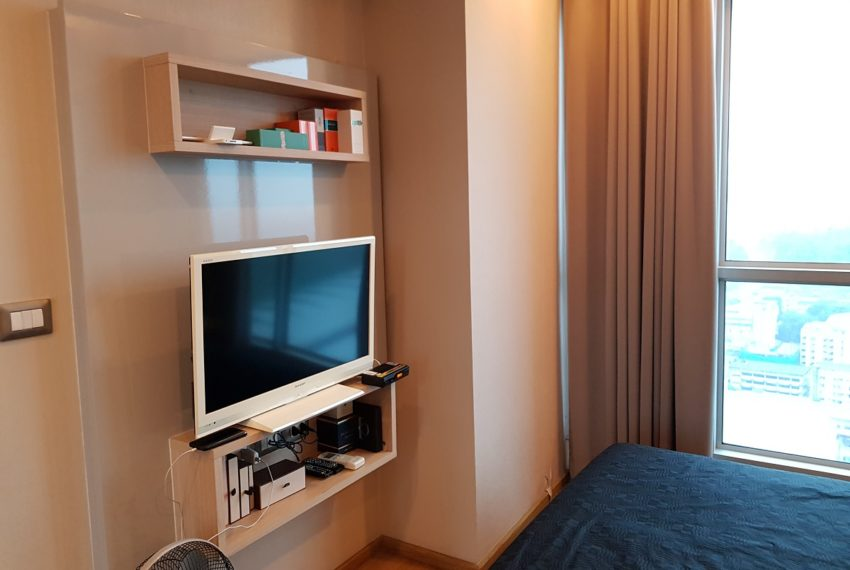 The Address Asoke 1 bedroom high floor for sale - flat TV