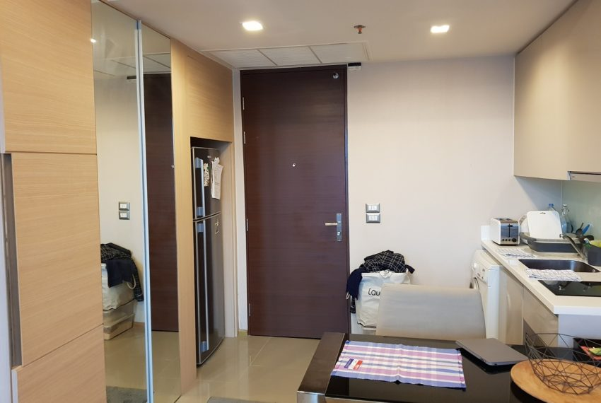 The Address Asoke 1 bedroom high floor for sale - fridge