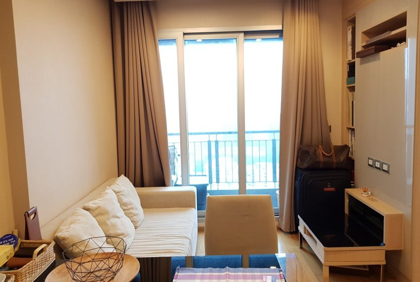 The Address Asoke 1 bedroom high floor for sale - living