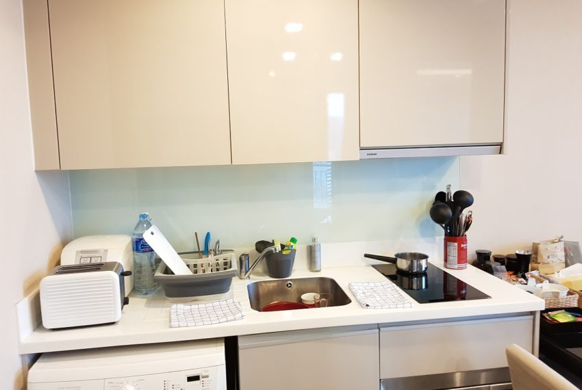 The Address Asoke 1 bedroom high floor for sale - washing machine