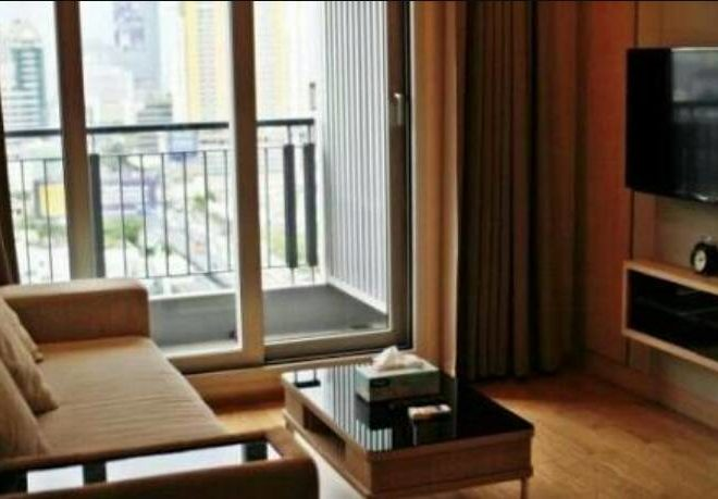Condo for Sale 1-bedroom in Asoke - High Floor - Near MTR and Airport Link