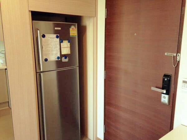 The Address Asoke-1-bedroom-top-floor-sale-refrigerator