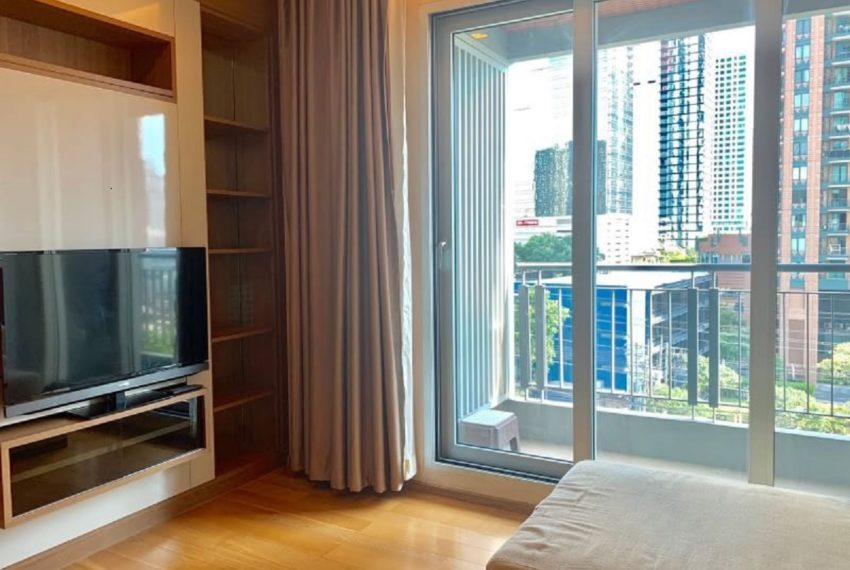 The Address Asoke 2 bed 2 bath- living room-1
