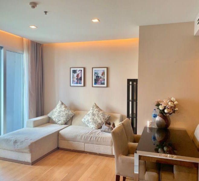 Rent 2-Bedroom Condo in Asoke on Low Floor near MTR and Airport Link