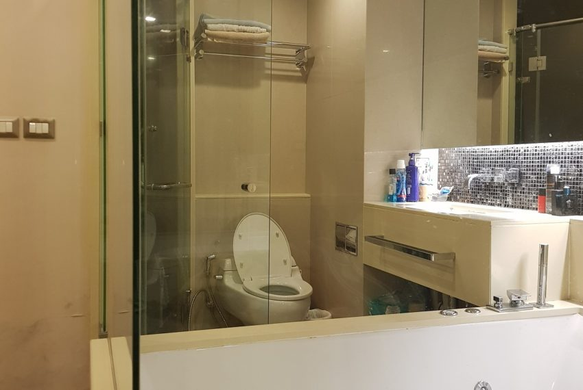 The Address Asoke 39 floor sale - jacuzzi
